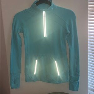 Ivivva size 10 practice pullover